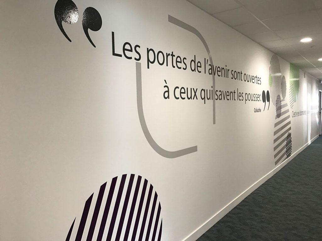 Décoration Murale Bureau Entreprise décoration de bureau signalétique intérieure information nantes